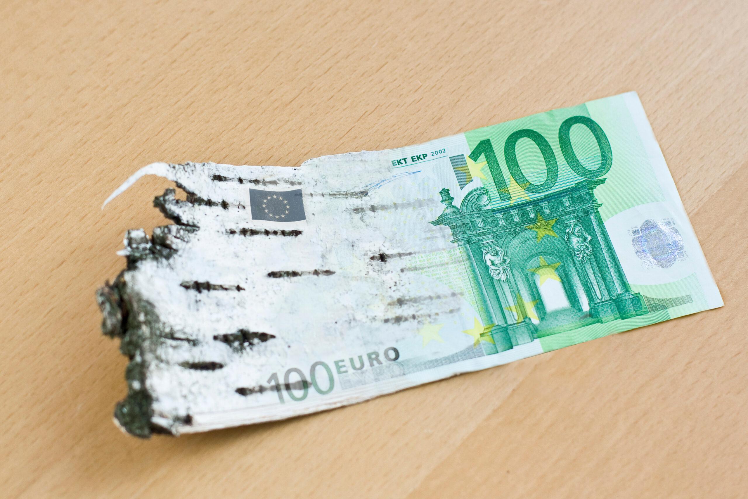 Tuohi, joka liukuu euroksi